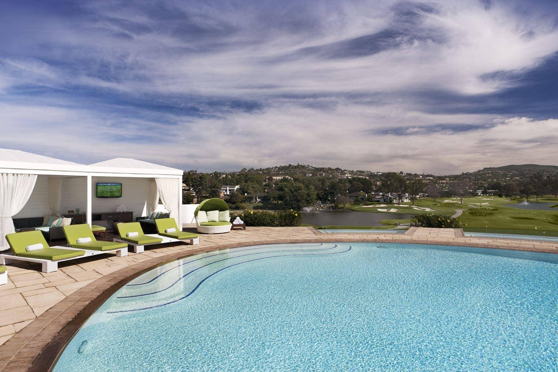 edge-pool-cabana-6x4-300dpi