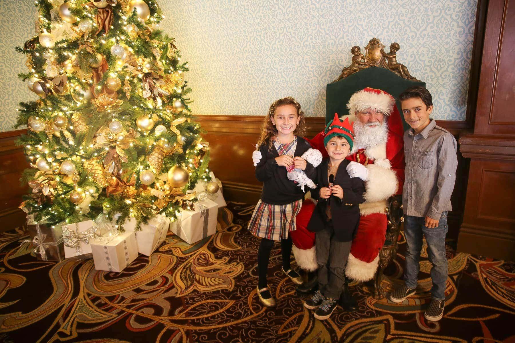kids with santa