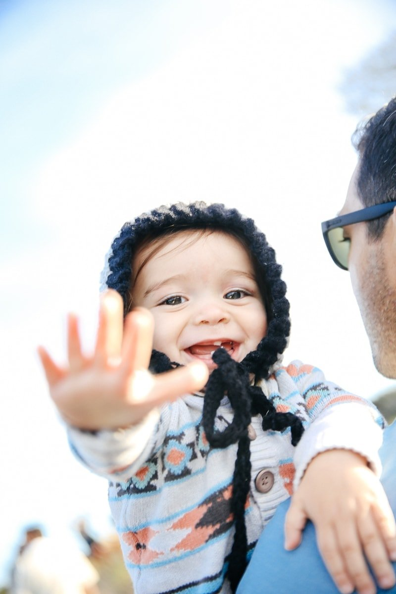 baby waving