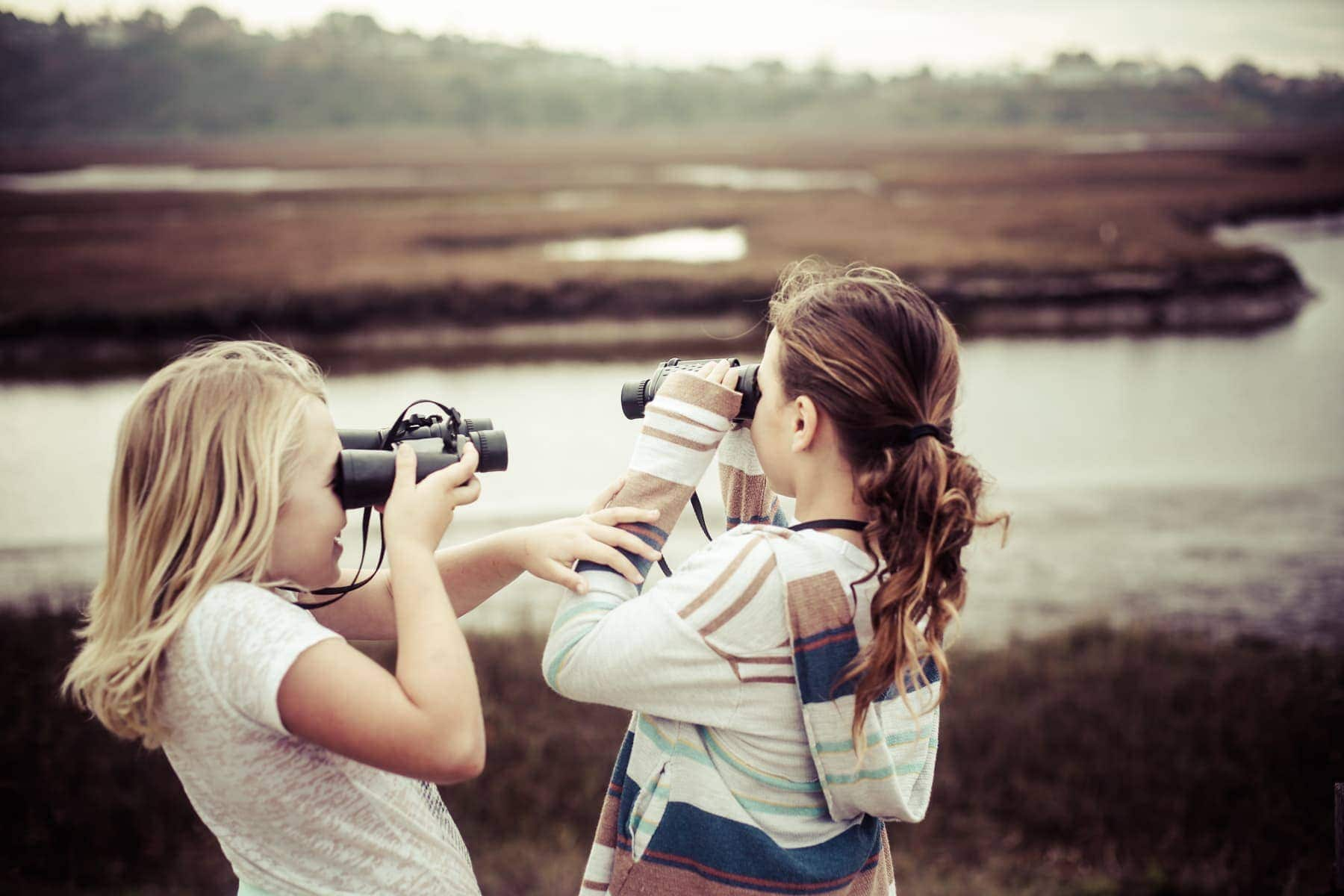 kids exploring with binoculars