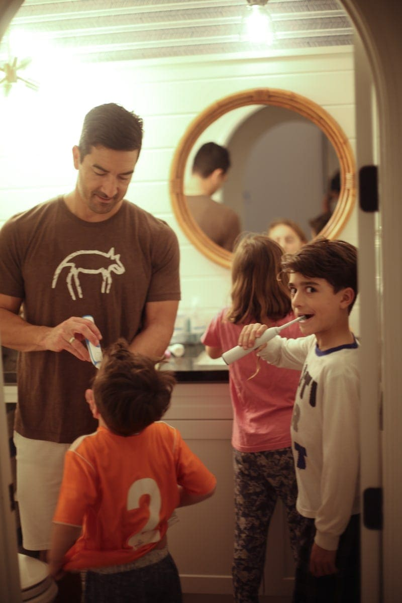 dad brushing teeth