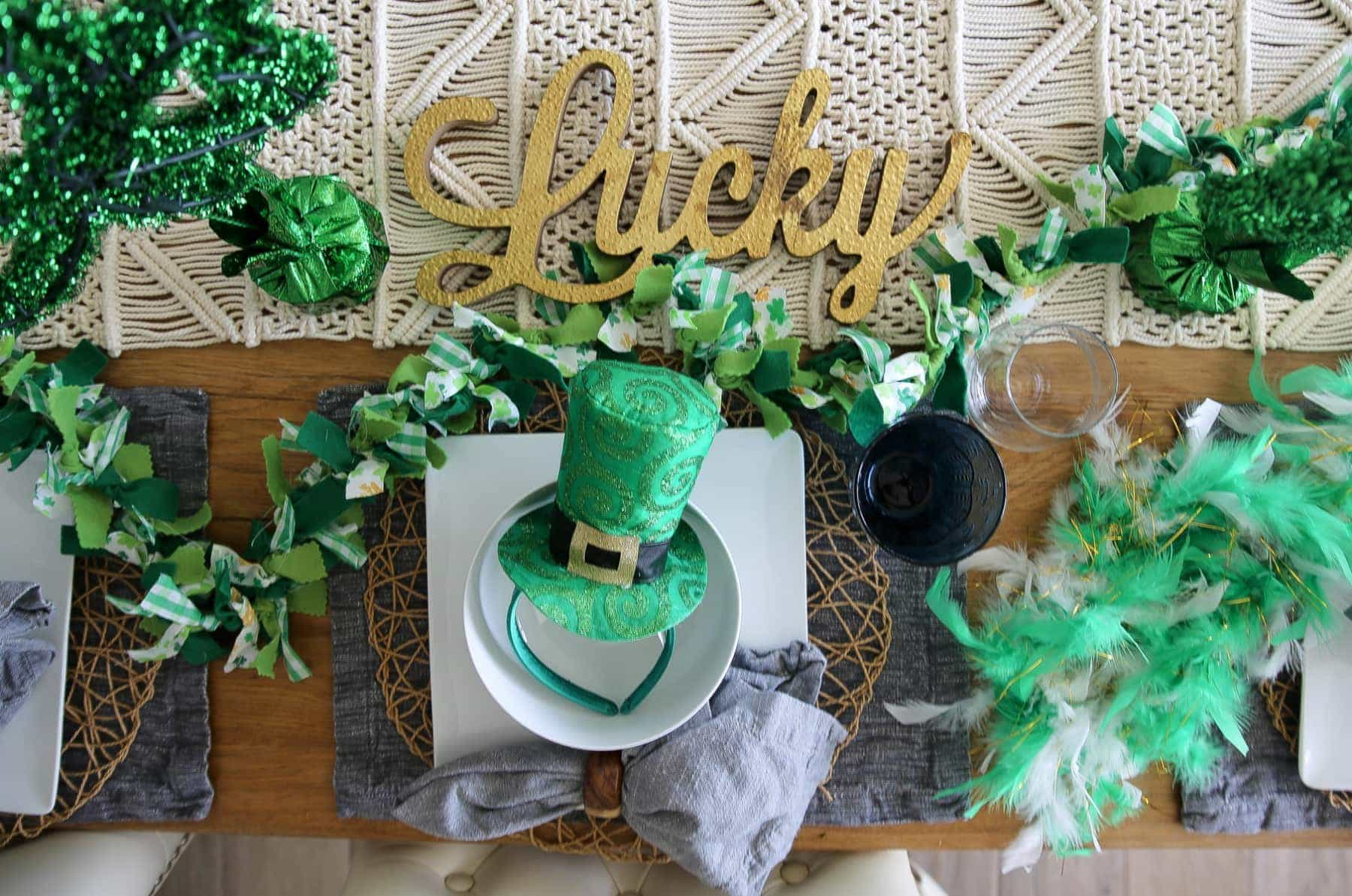 st pattys day table setting