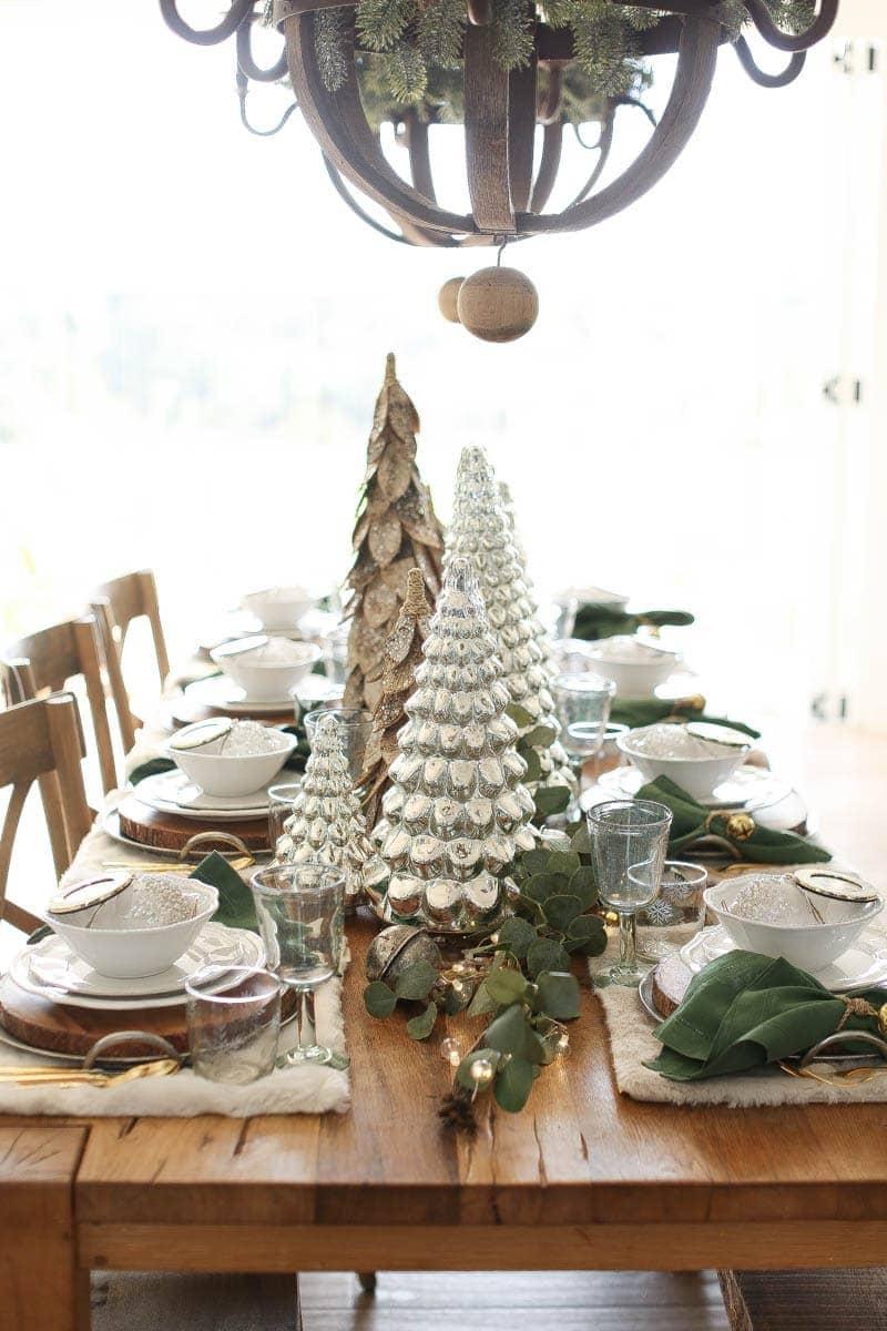 farmstyle holiday decor
