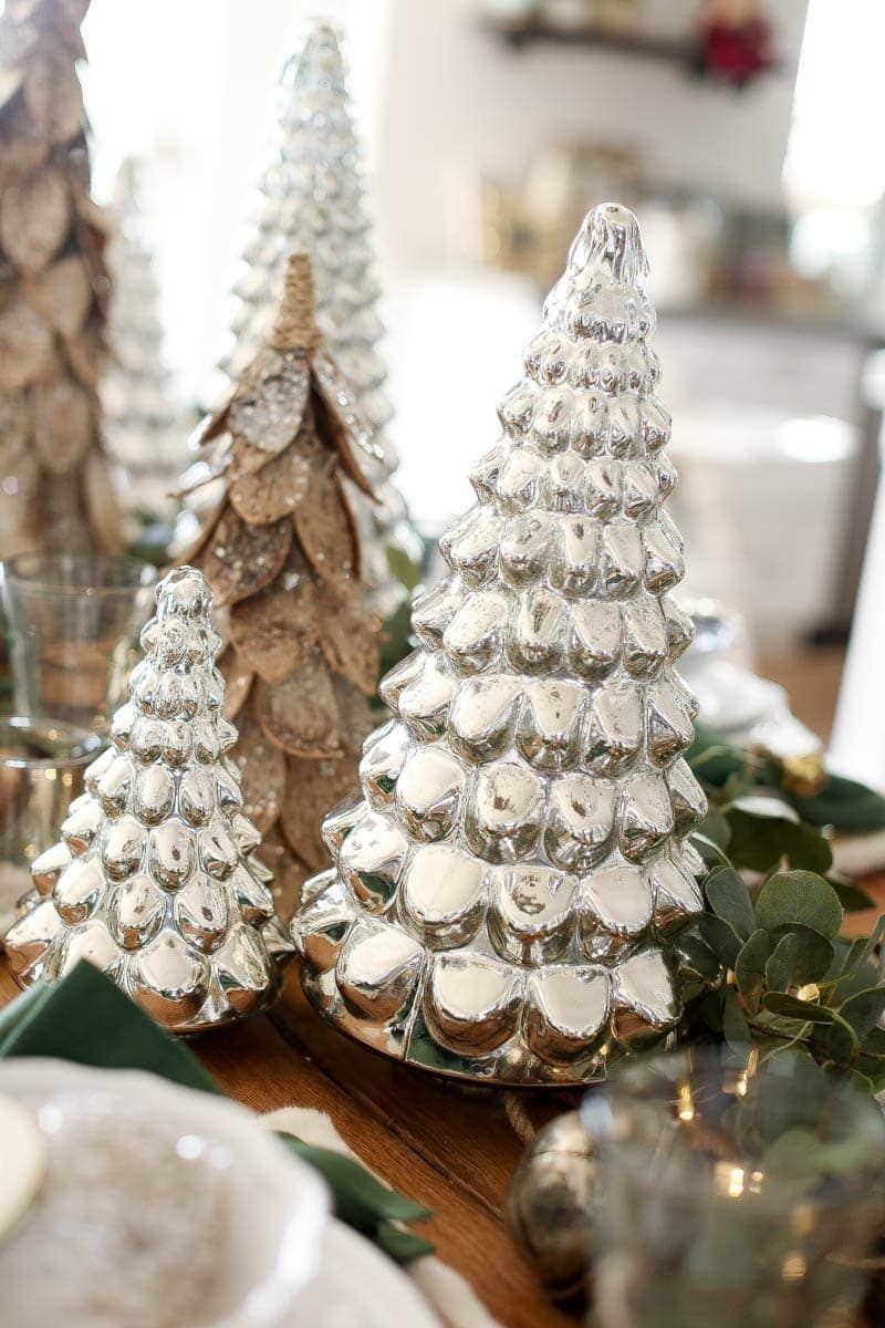 table holiday decor