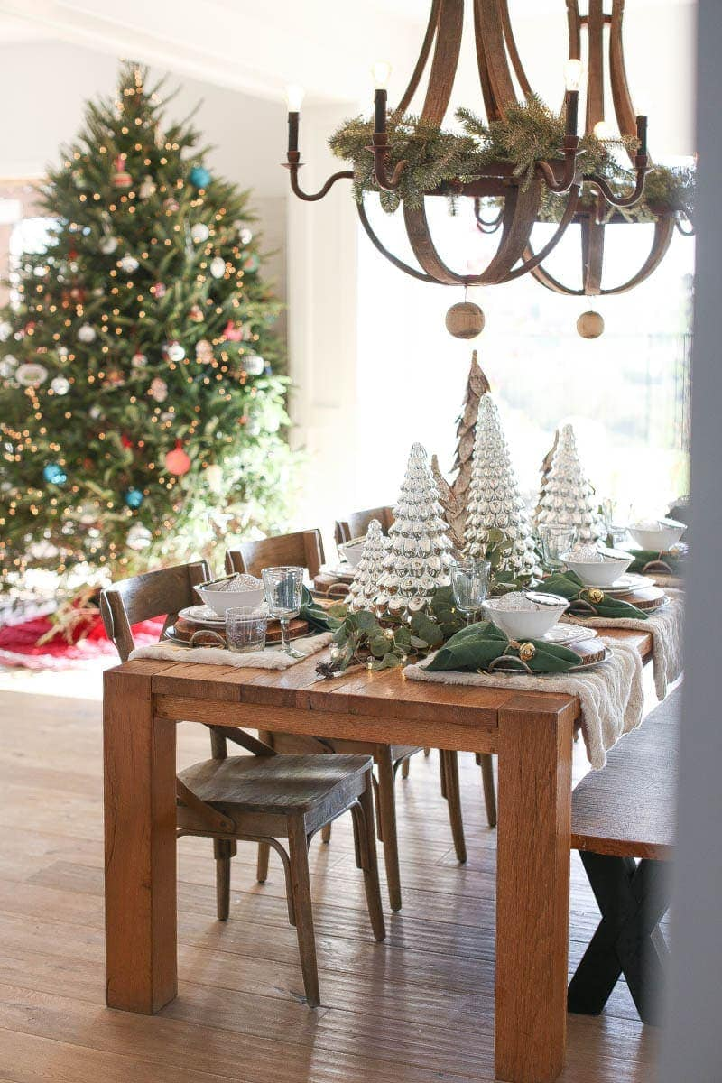 farm table christmas decor