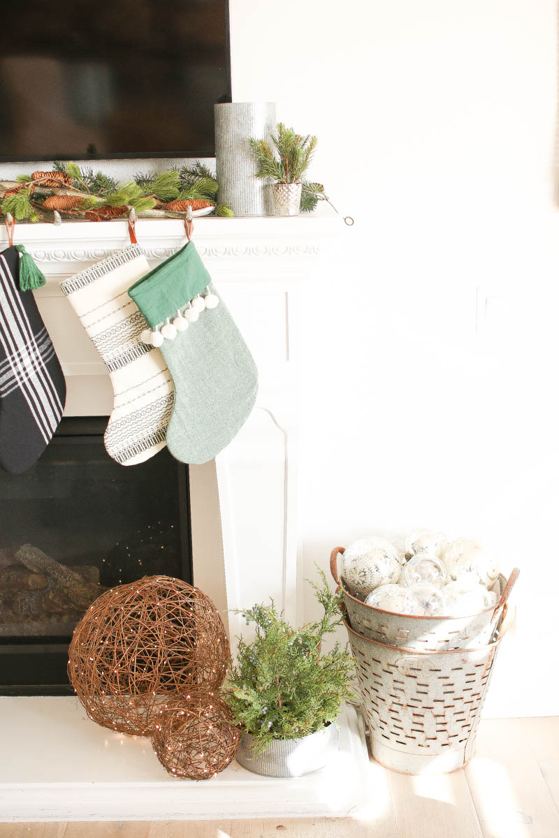 Special touches around the mantle