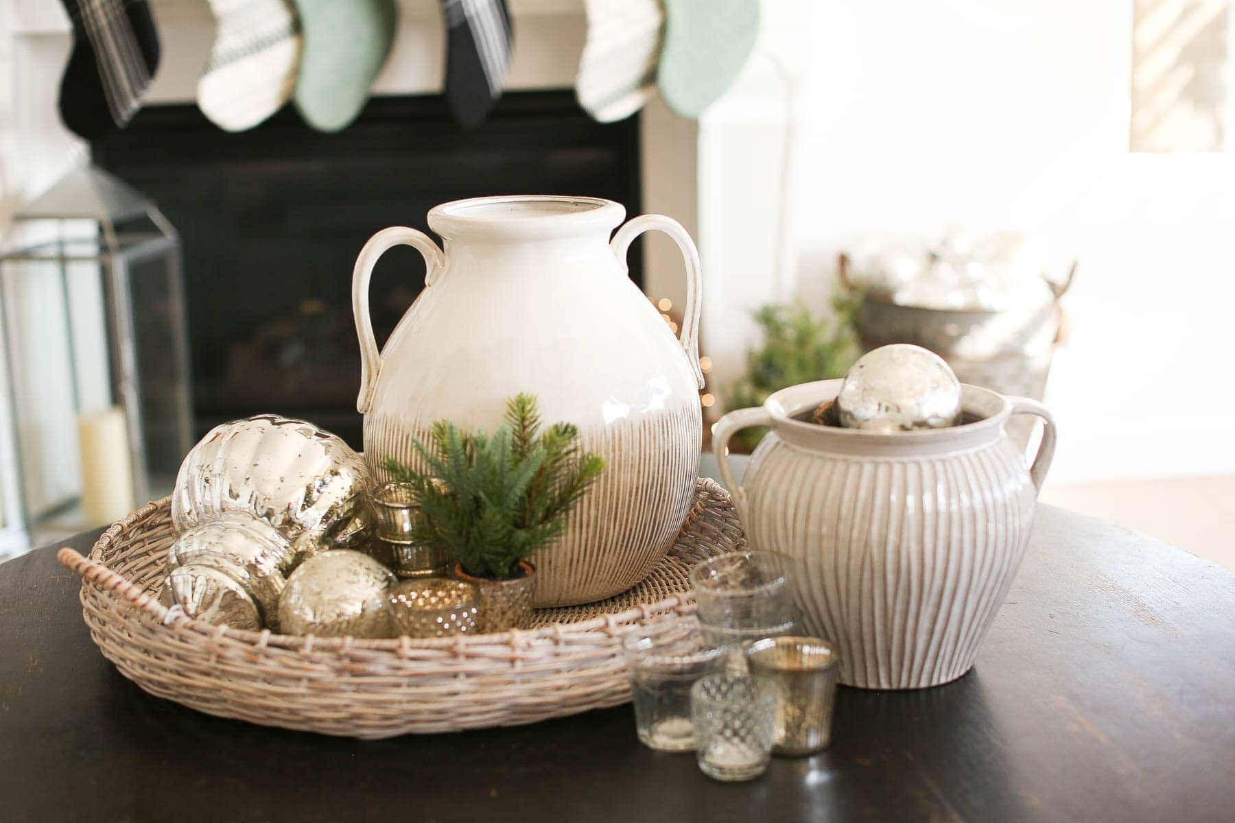 Simple Festive decorations on the coffee table