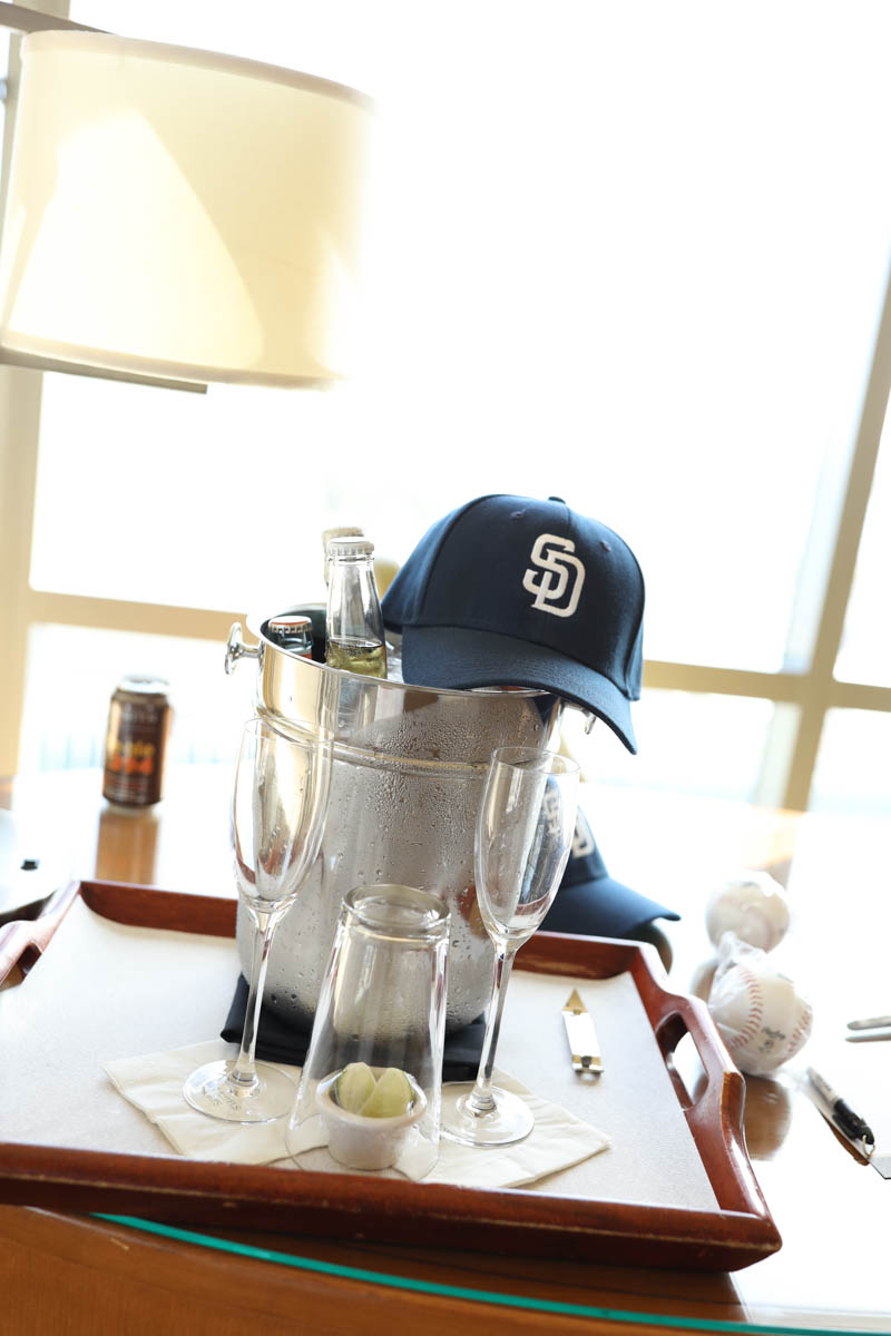 Bucket of Beer and a Cap #citygirlgonemom #omnihotel #sandiego #datenight