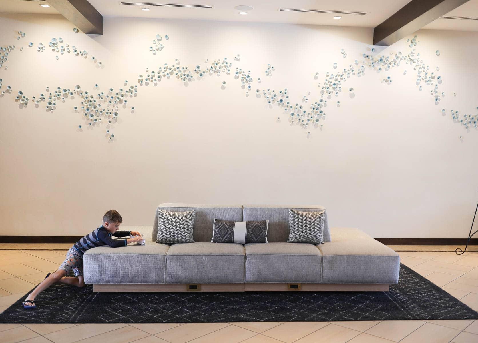 Hotel Waiting Area #familytravelsandiego #sandiego #fourseasonsresidenceclub #bigfamilytravel