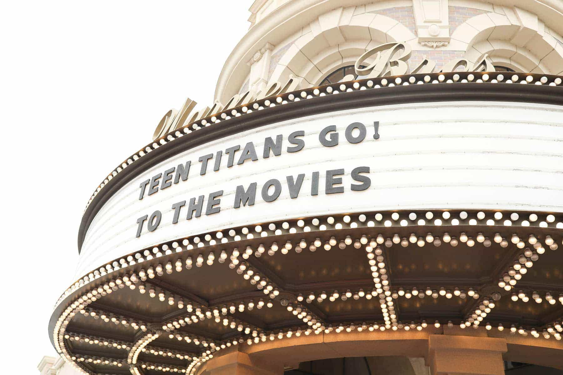 Warner Bros Teen Titans Go! To The Movies #hollywood #warnerbrothers #teentitansgotothemovies #citygirlgonemom