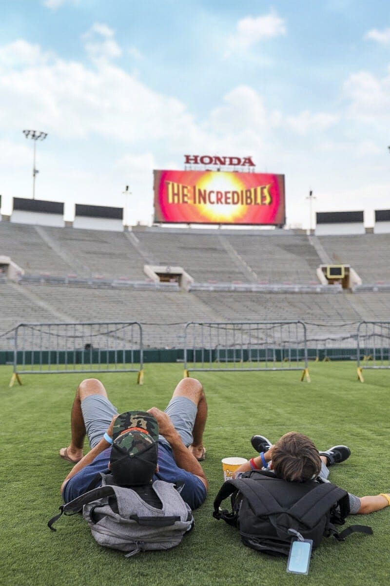 Childhood Cancer is an awful diagnosis. All kids deserve a night to remember and that's exactly what Northwestern Mutual did for their night to remember at the Rose Bowl Stadium! #childhoodcancerawareness #rosebowlstadiumcampout #campoutforkids #cancerawareness #rosebudscampout #rosebowlstadium #pasadena #california #citygirlgonemom #camping #footballstadium