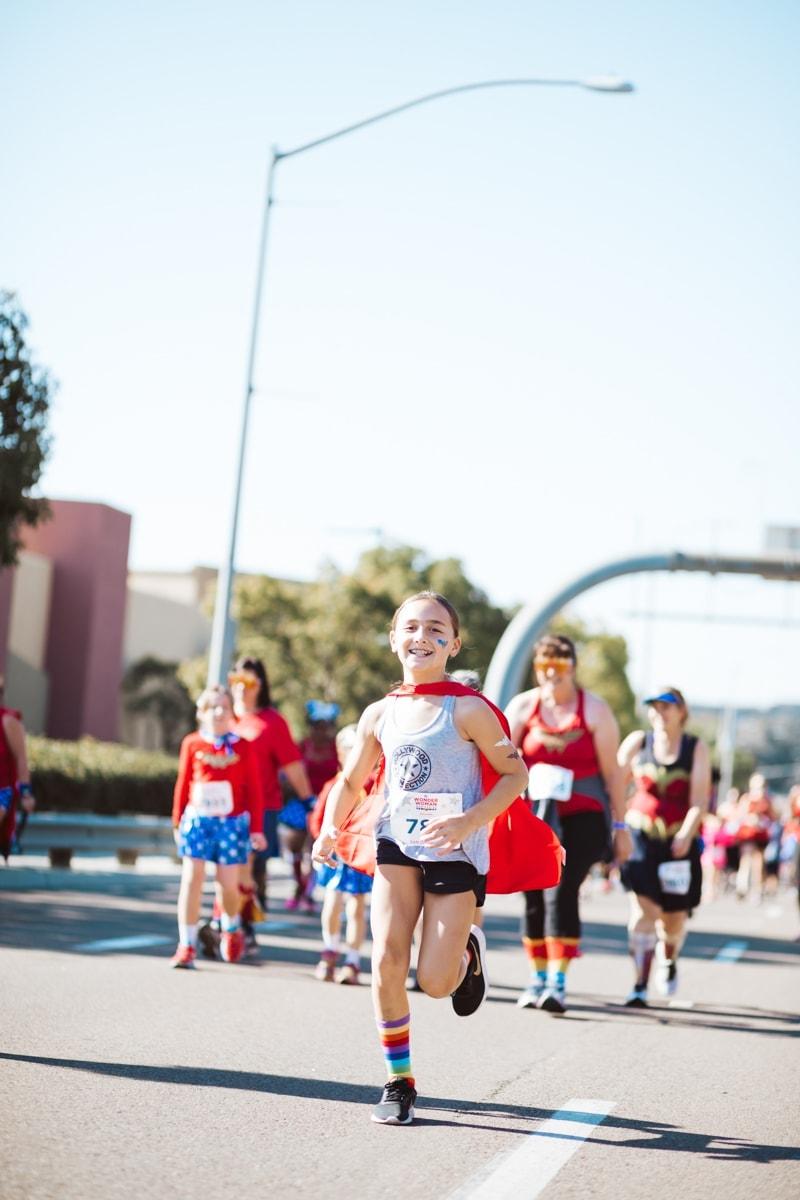 girl running 5k