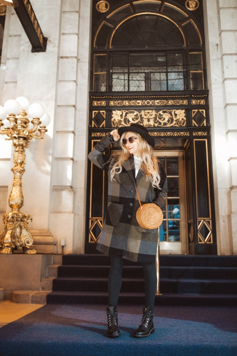 Blogger At The Plaza Hotel