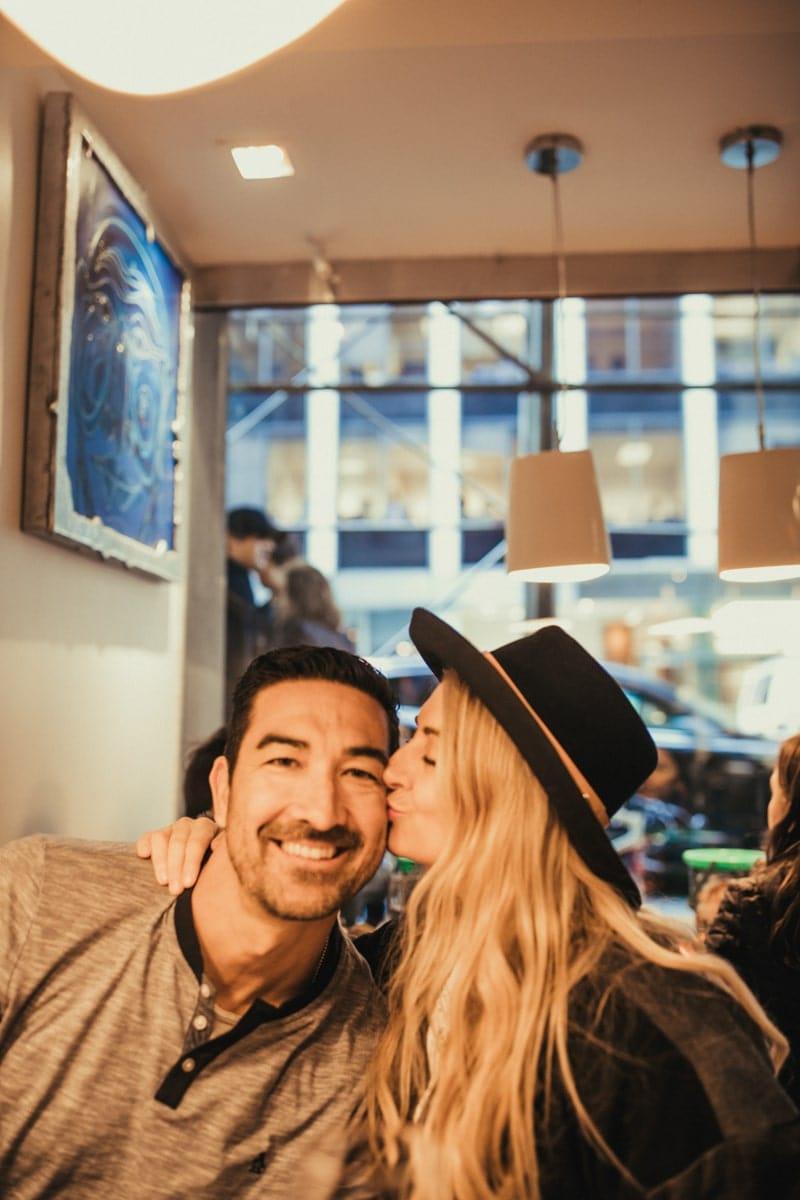 NYC kissing couple