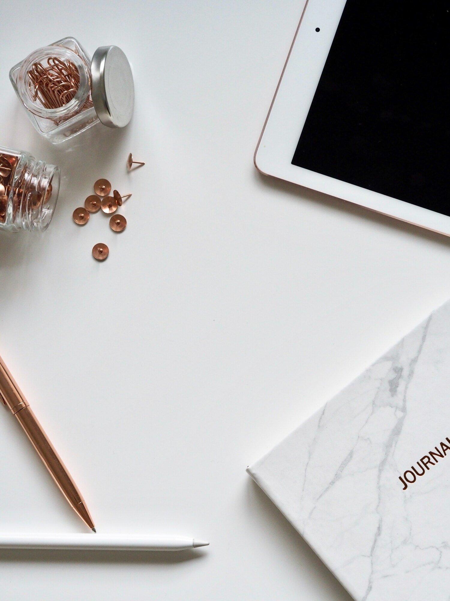 desk accessories
