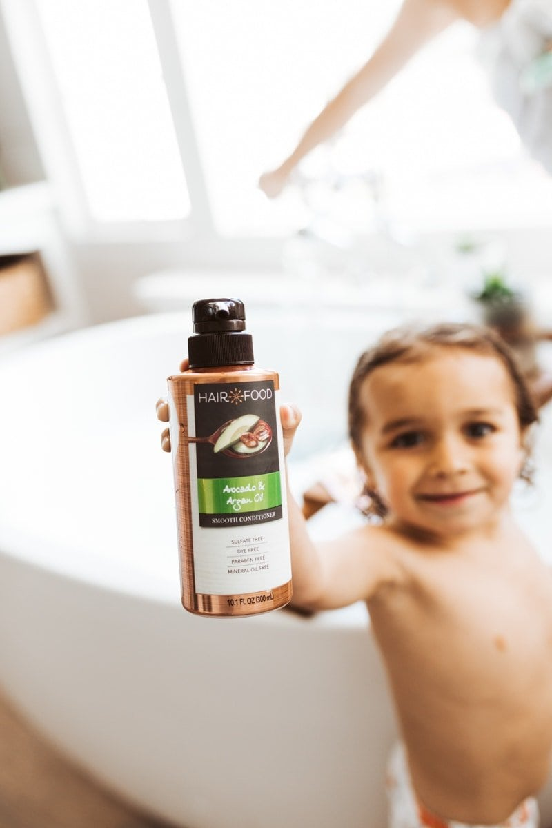 baby and shampoo