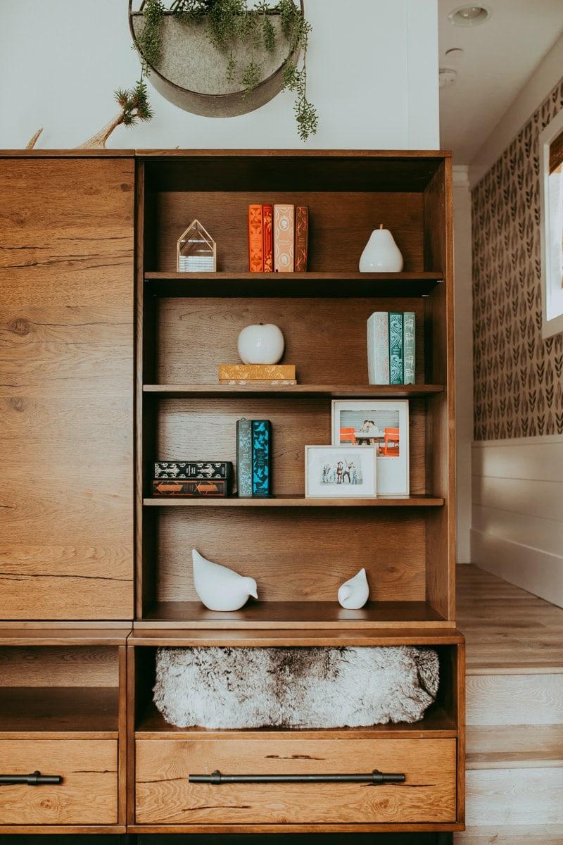 bookshelf style