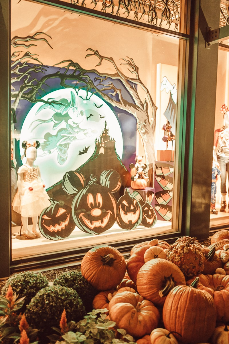 disney halloween display