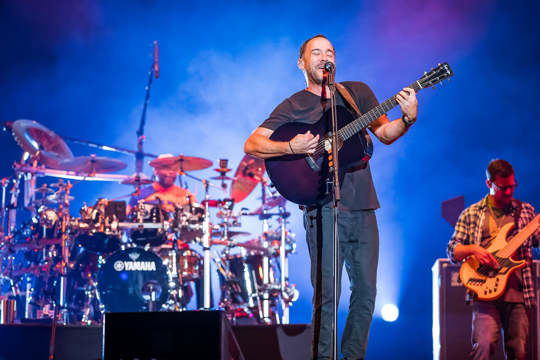 dave matthews band onstage