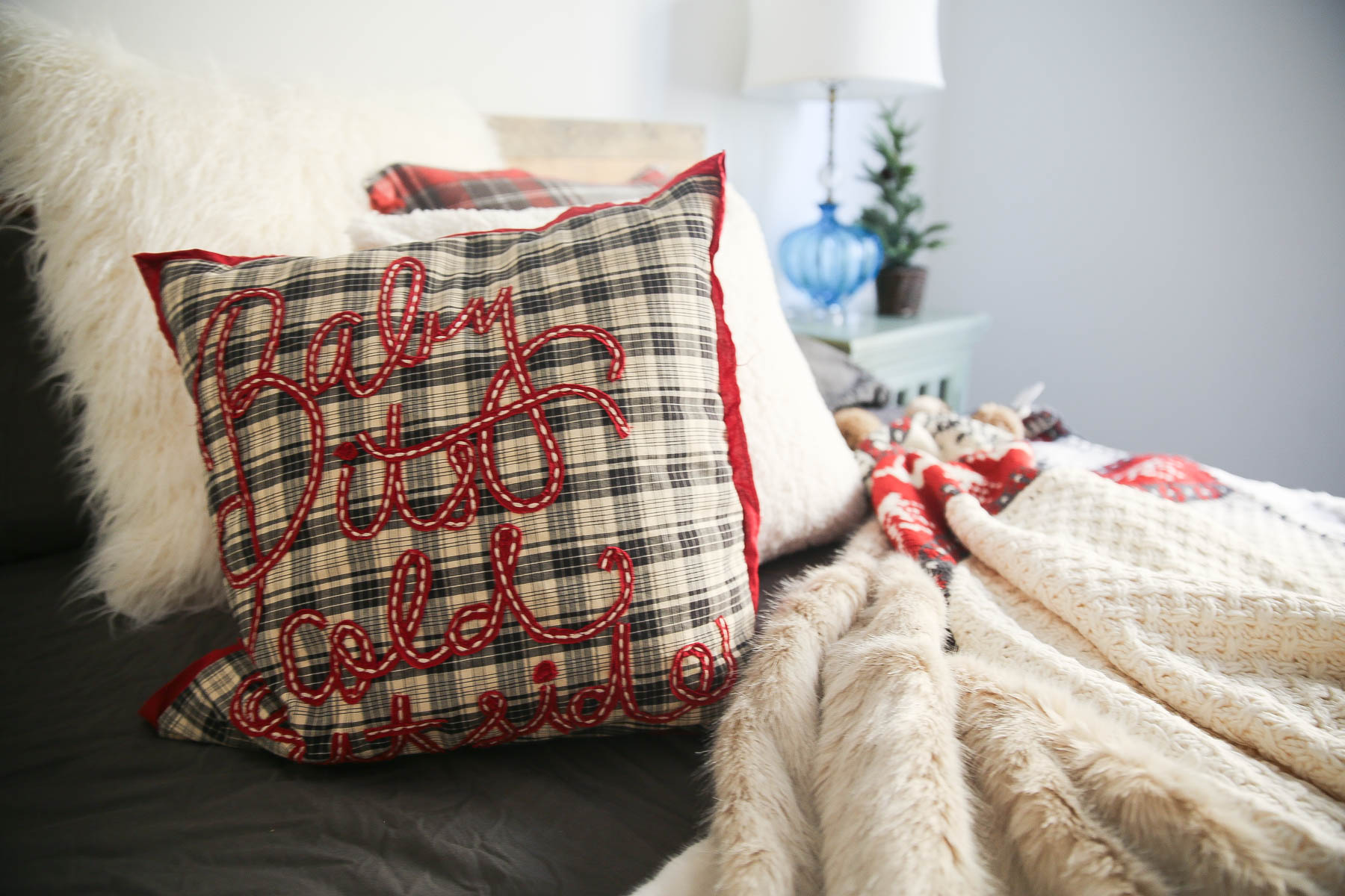 christmas bedroom decoration