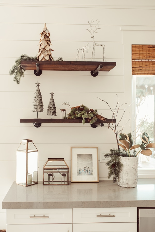 How to Decorate Your Kitchen Shelves For Christmas | City ...