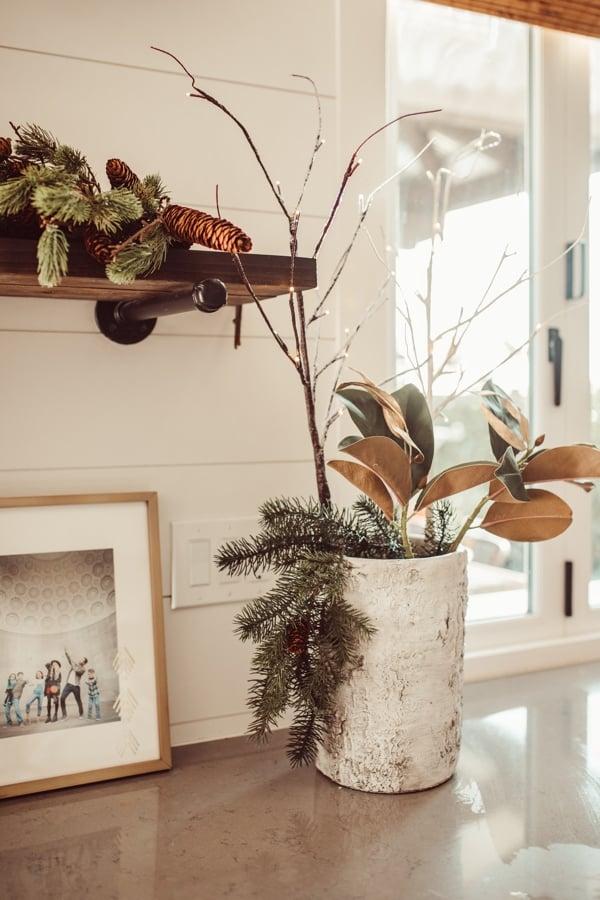 christmas shelves home decoration
