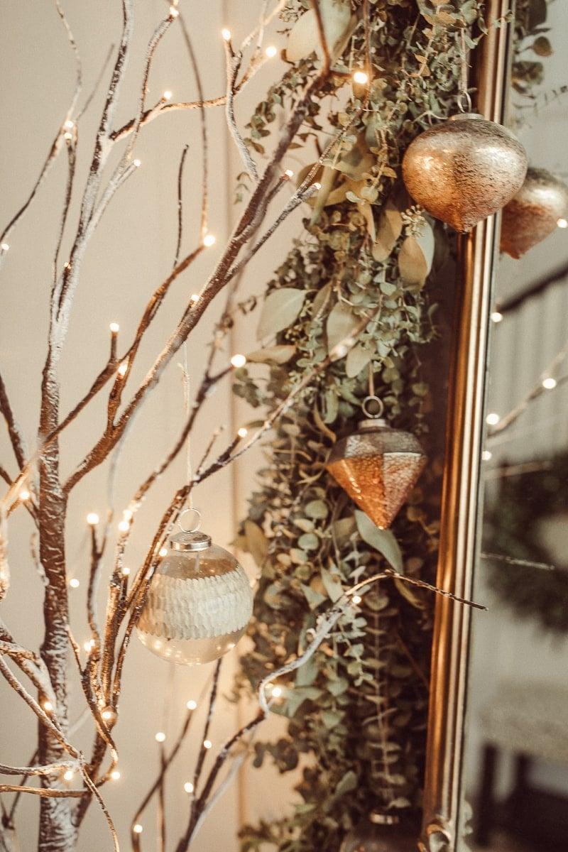 live garland for christmas