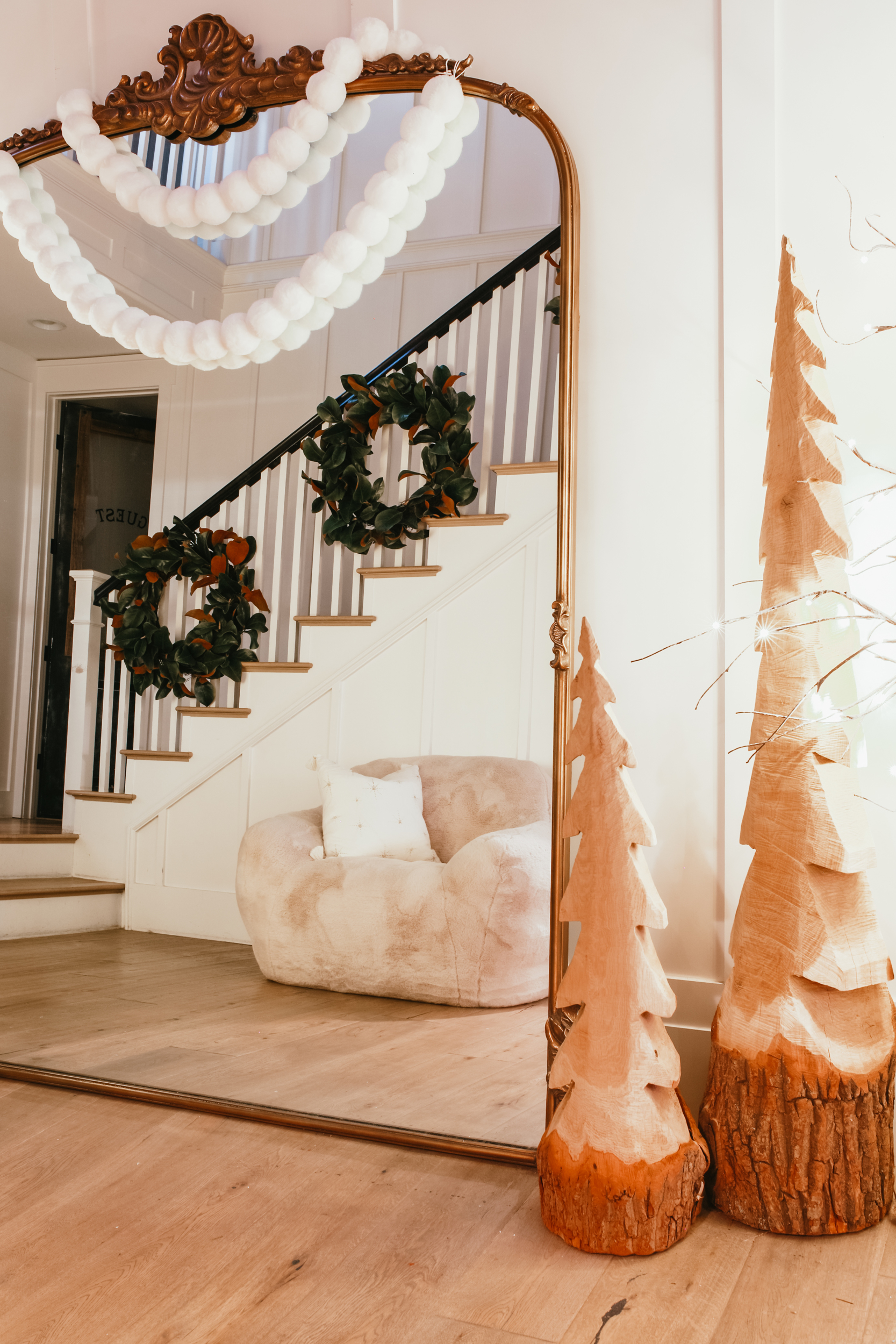 entryway decorations