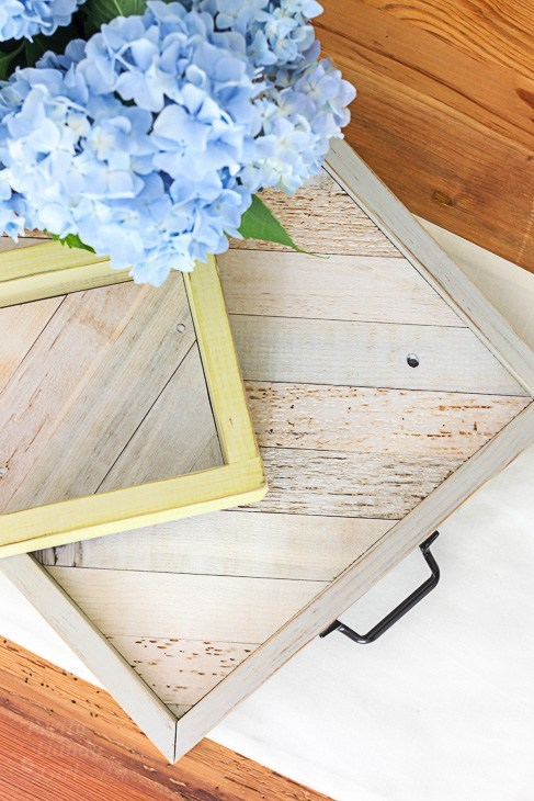 rustic trays with flowers