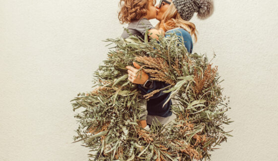Mom and child Christmas wreath