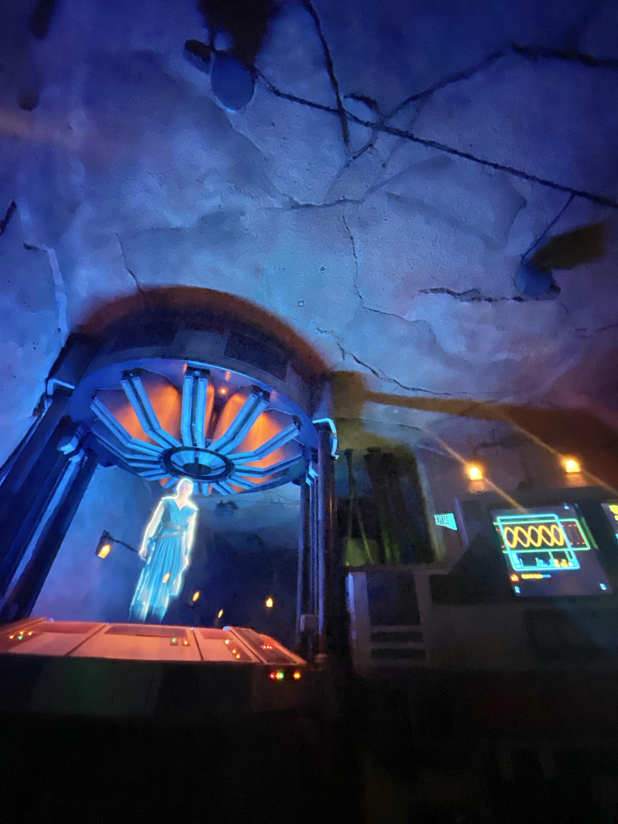 disneyland star wars ride