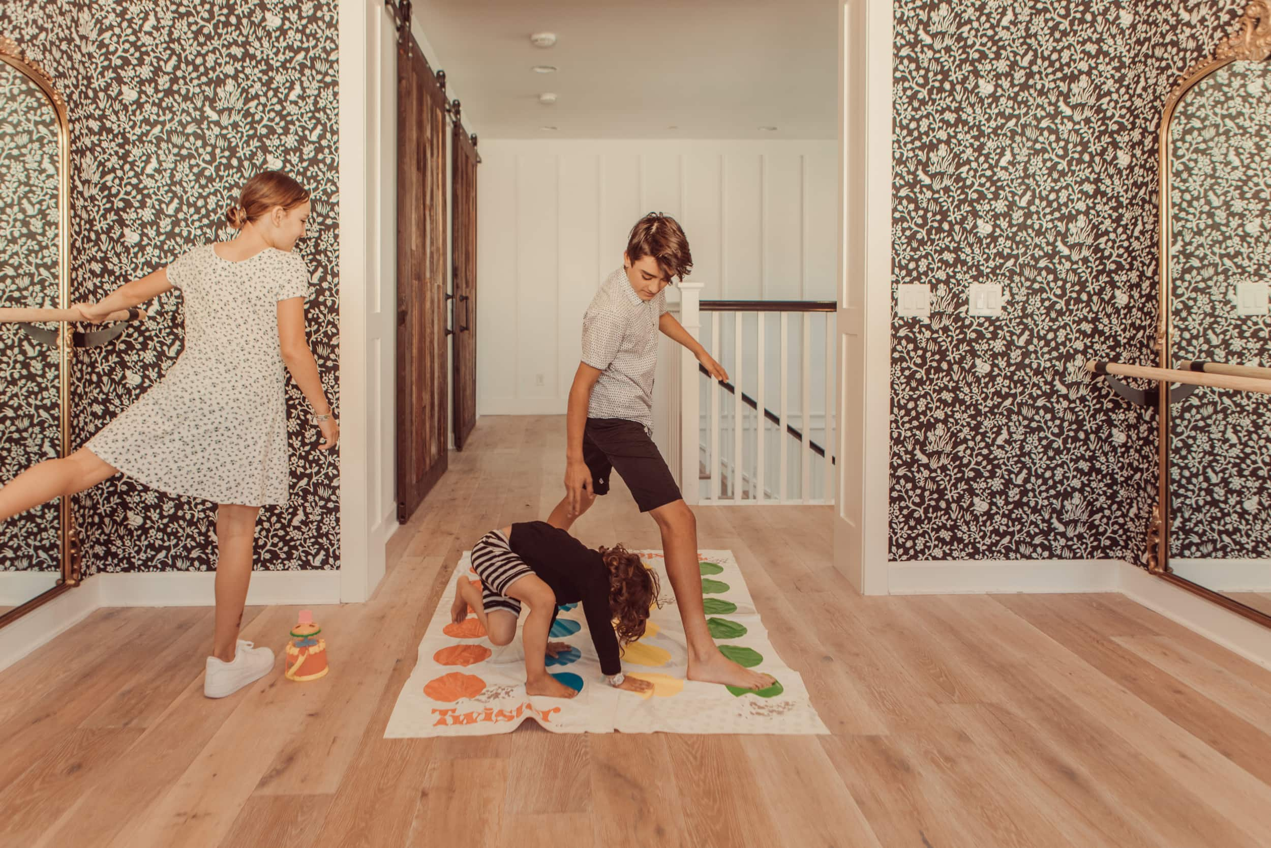 kids playing twister
