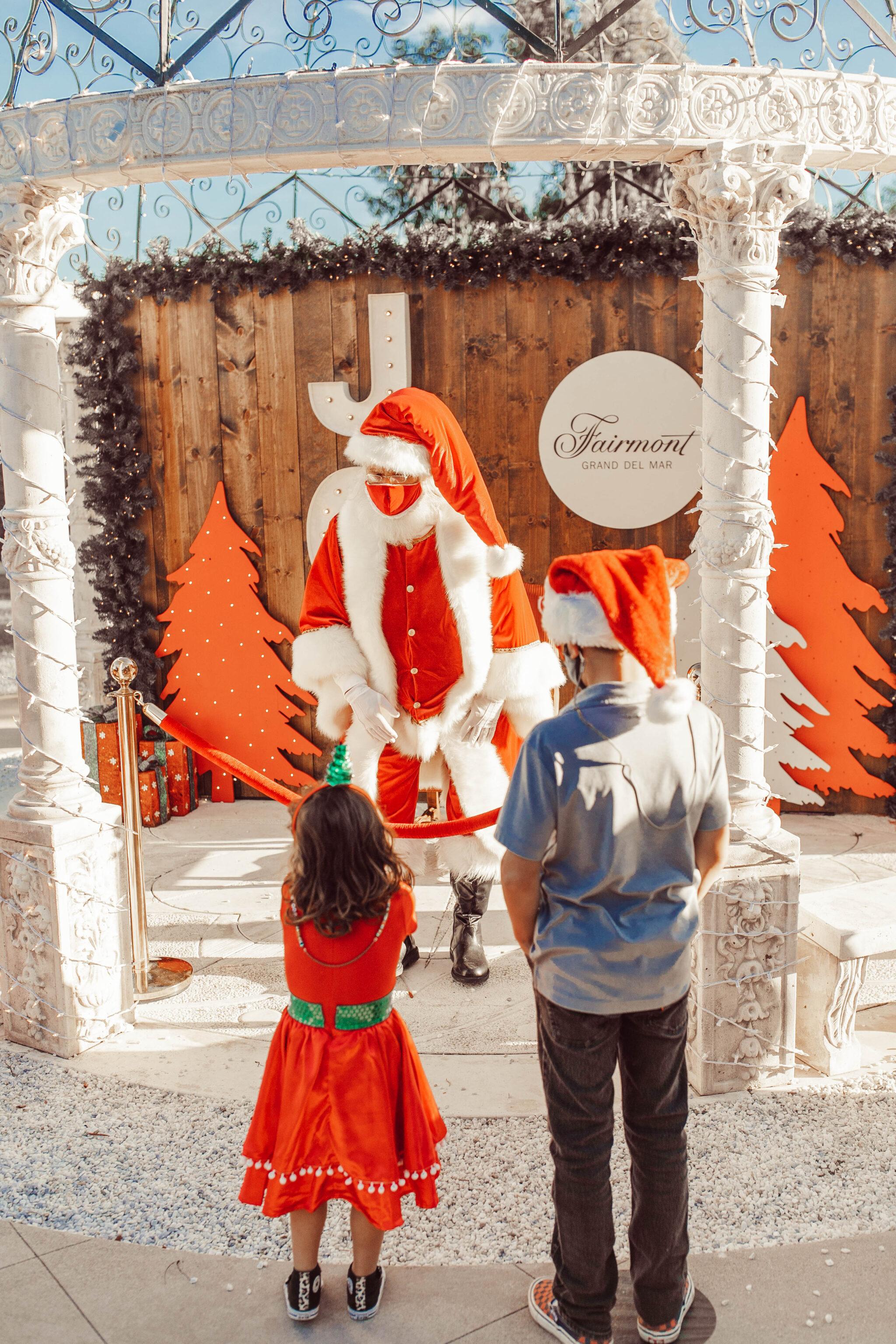 kids meeting santa claus
