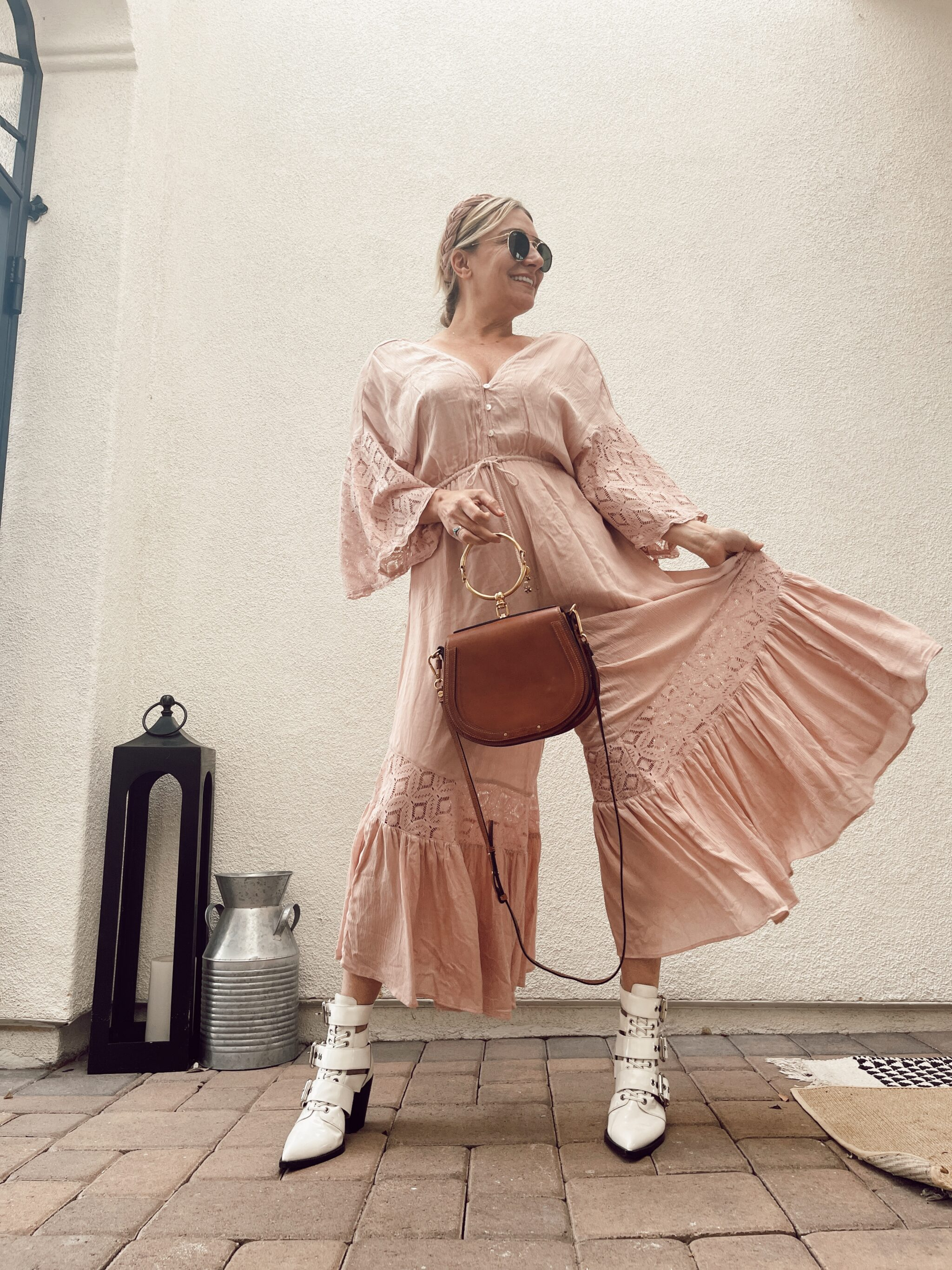 woman showing her outfit