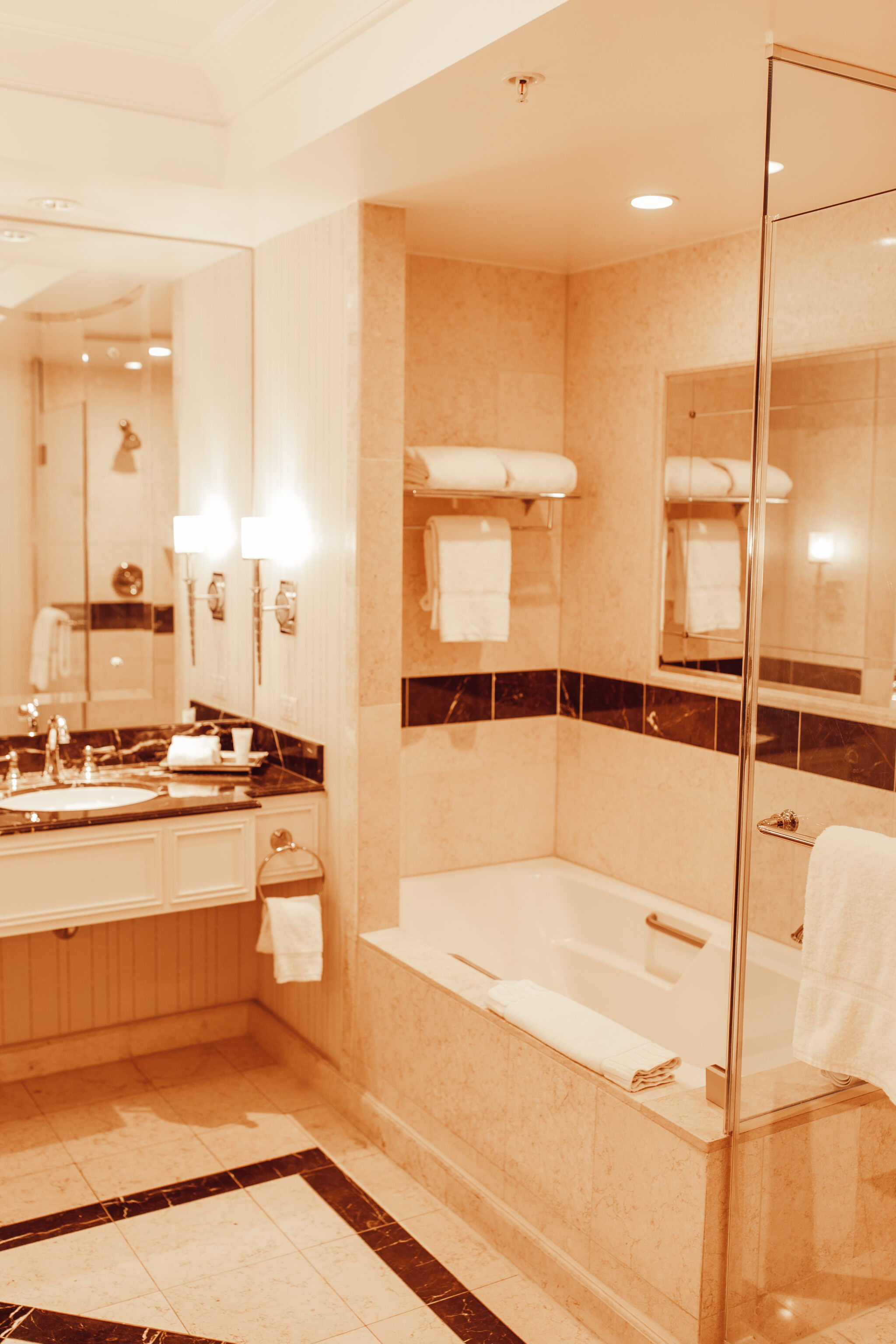 venetian hotel bathroom