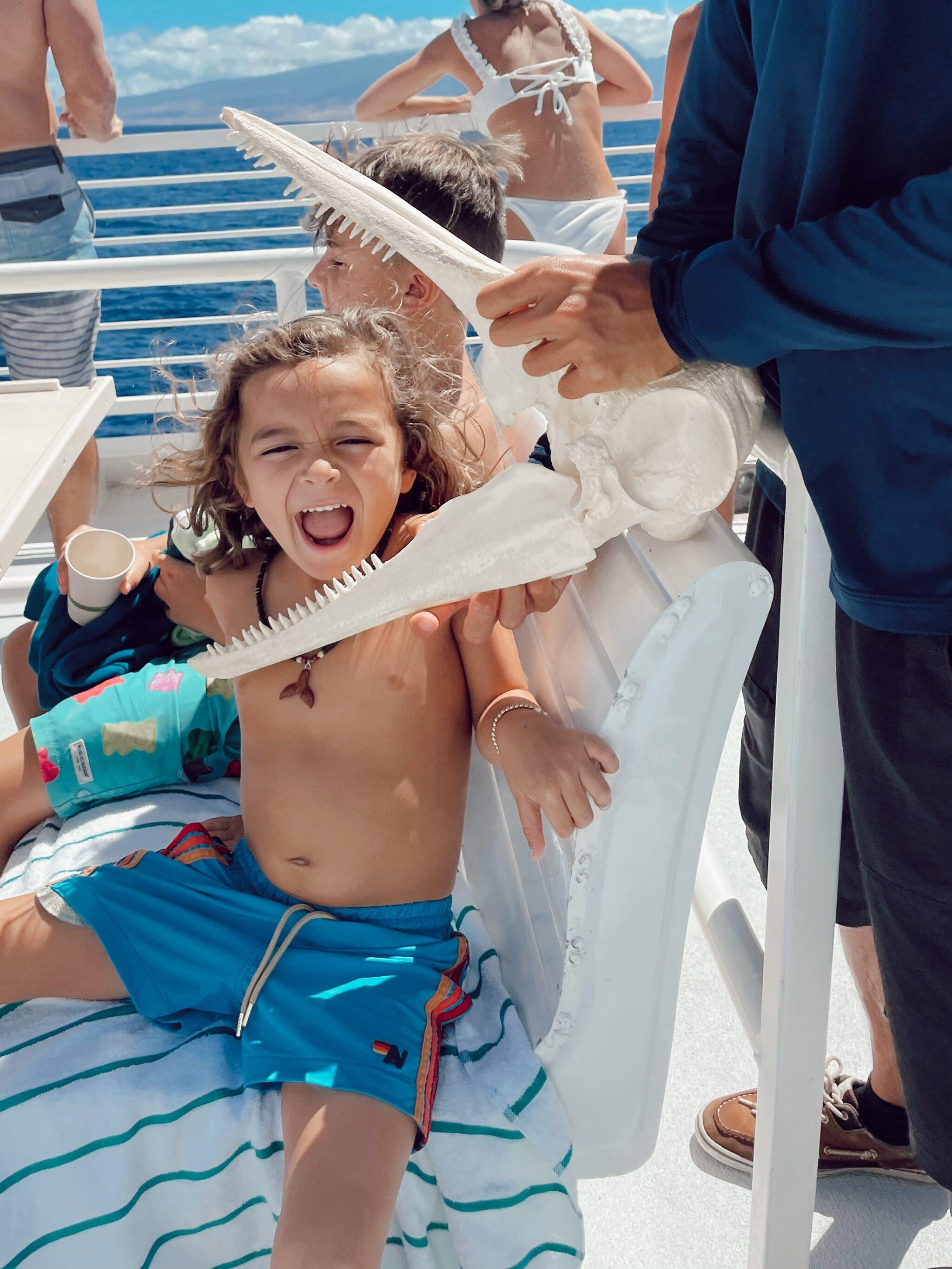kids leaning about maui marine life