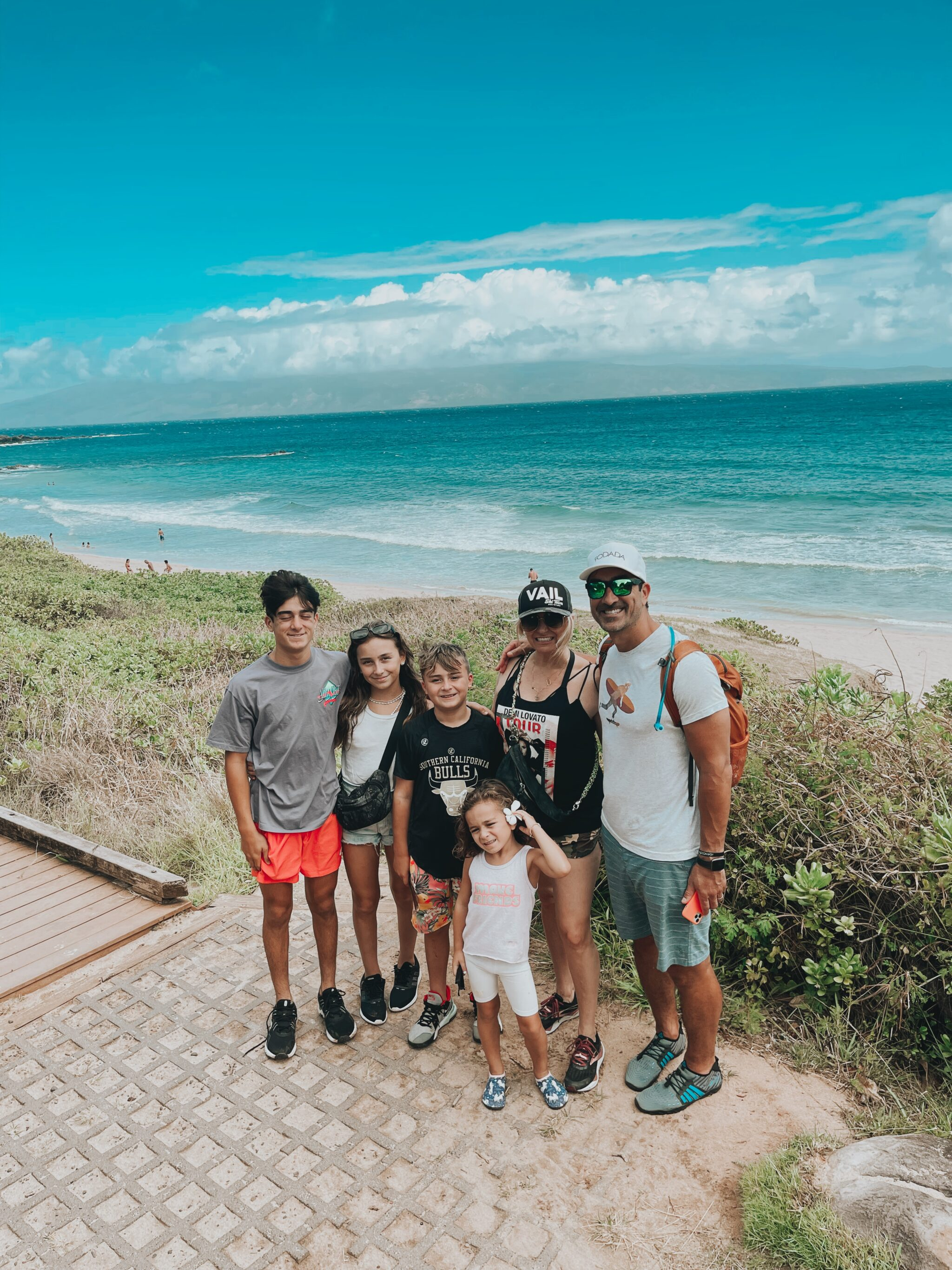 family in maui